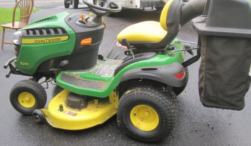 Army Railroad Wagon, John Deere Riding mower 5.6 hours, Car Tow Carrier